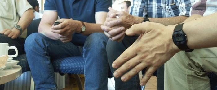 hands-1545330.jpg